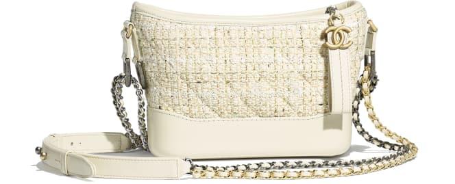 Chanel/香奈兒 香奈兒GABRIELLE小號流浪包, 斜紋軟呢、小牛皮、銀色與金色金屬., 乳白與白.  A91810 Y83988 K1123 15 × 20 × 8 cm
