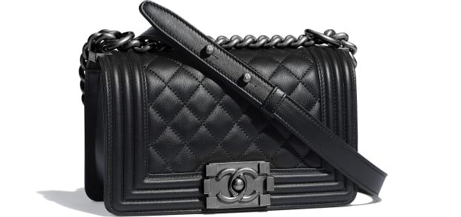 Chanel/香奈儿 小号BOY CHANEL口盖包, 小牛皮与钌质感金属., 黑.  A67085 Y09953 94305 12 × 20 × 7 cm